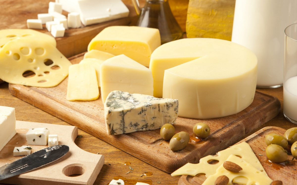 Image of a plate of different cheese