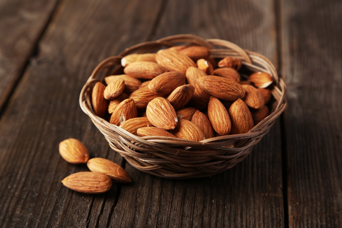 Walnut hazelnuts - good and bad in different situations
