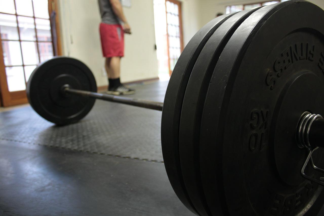 4 Key Strategies to Get Stronger, NOT Bigger